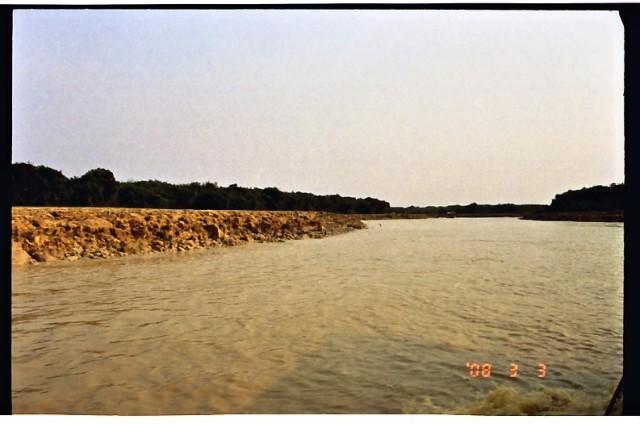 トンレサップ湖の夕日 (5).jpg