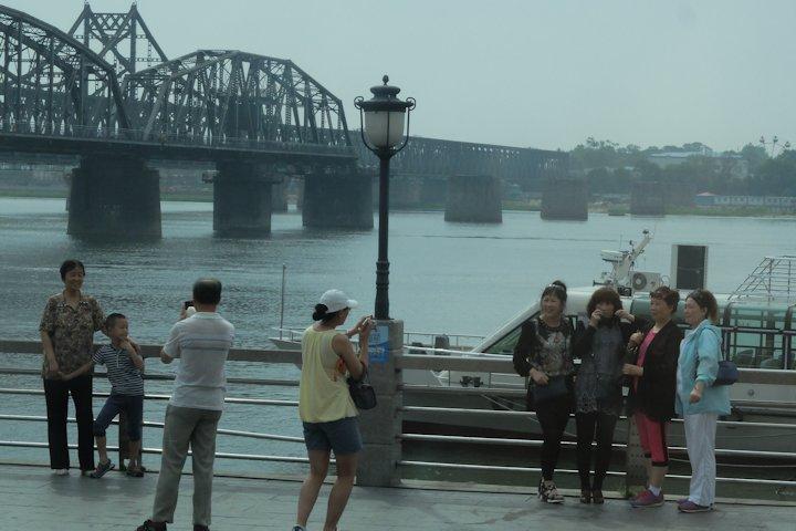 丹東:鴨緑江断橋 その1:卓上旅...